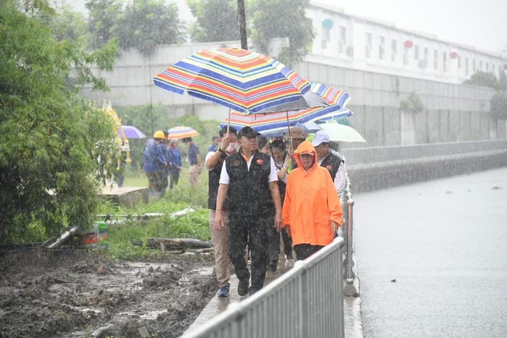 กทม. เตรียมรับมือฝนหนัก 30 ส.ค.-5 ก.ย.นี้ ยกแผนเผชิญเหตุอุทกภัยฯ เร่งระบายน้ำสู่ระบบหลัก-ระบบรอง ลดผลกระทบให้ประชาชน