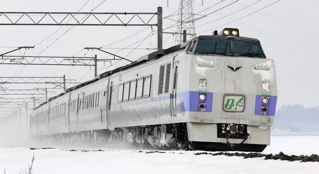 รถไฟมือ 2 รุ่น KiHa 183 ที่ญี่ปุ่นบริจาคให้ไทย 17 คัน