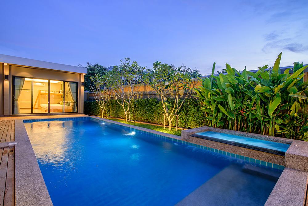 Seahouses Hua Hin Pool Villa