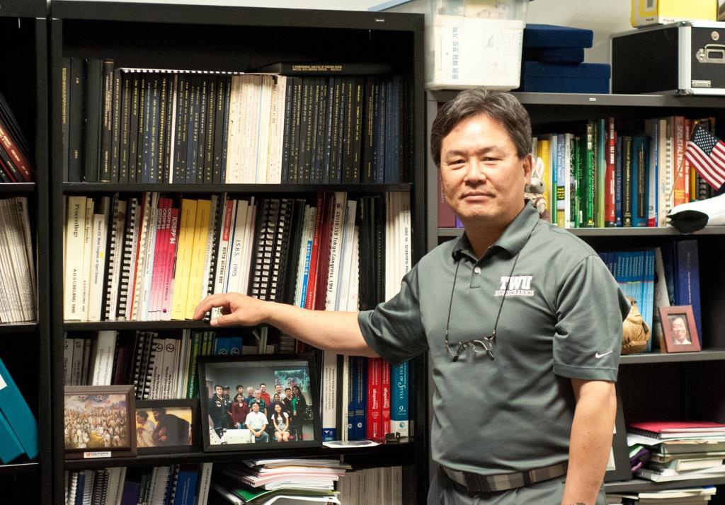 ดร.ยัง-ฮู วอน ผู้เชี่ยวชาญด้าน Golf Swing Biomechanics