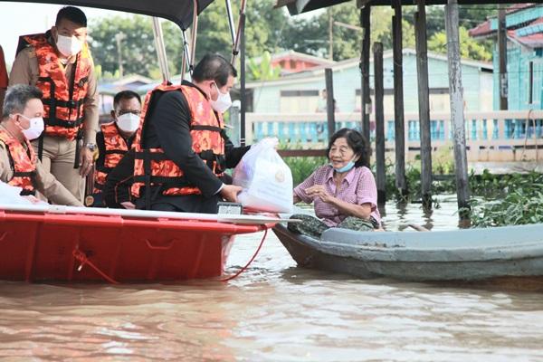 """""""มหาดไทย""""ทุ่มงบช่วยน้ำท่วมทุกครัวเรือน  ให้ค่าซ่อมบ้านหลังละเกือบ 5 หมื่น"""