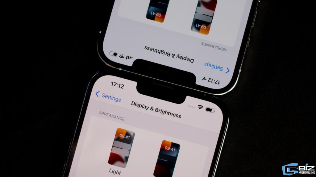 กล้อง TrueDepth ที่ระหว่าง iPhone 12 และ iPhone 13