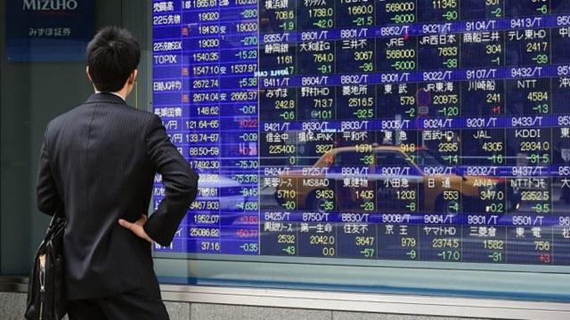 ตลาดหุ้นเอเชียปรับบวก ขานรับวุฒิสภาสหรัฐฯ ไฟเขียวเพิ่มเพดานหนี้