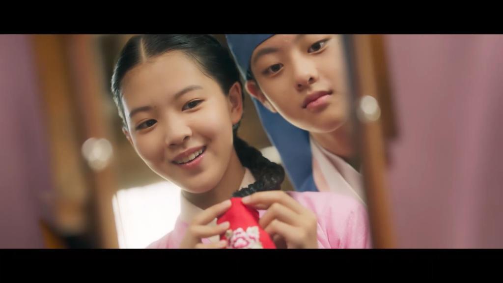 ดัมอีกับอีจุน สาวน้อยและหนุ่มน้อย ต่างประทับใจในกันและกัน