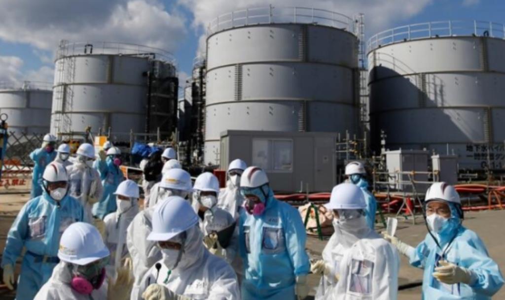 นายกฯ ญี่ปุ่นยันจะไม่ยอมเลื่อนปล่อยน้ำเสียปนเปื้อนกัมมันตรังสีฟูกุชิมะลงมหาสมุทร