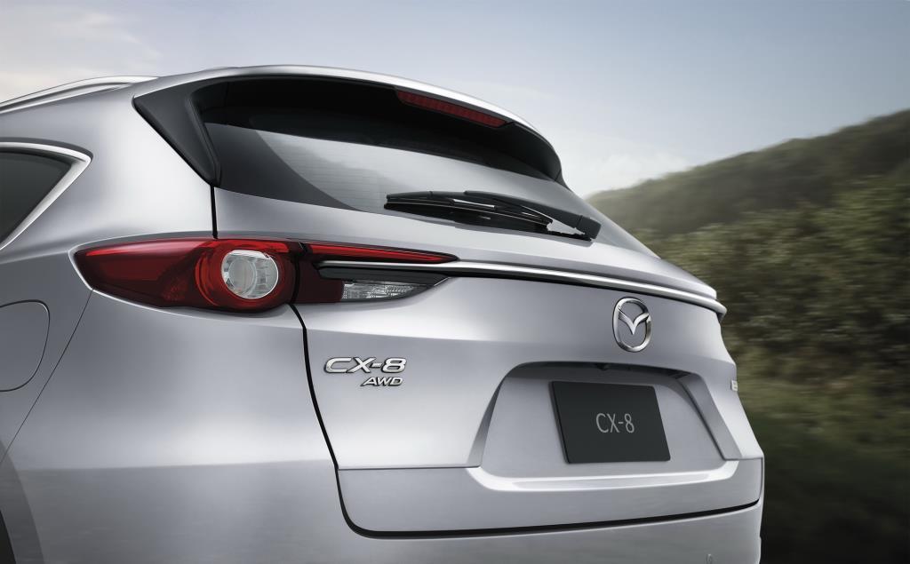 มาสด้า เสริมทัพ CX-8 รุ่น Exclusive เปิดราคา 1.4 ล้านบาท