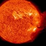 """""""นาซา"""" เตือน ดวงอาทิตย์ปล่อย """"มวลสารโคโรนา"""" มหาศาล พุ่งใส่โลกใน 3 วัน   ชี้ระบบสื่อสาร-ไฟฟ้าอาจมีปัญหา"""