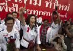 """สื่อนอกชี้ไทยเสี่ยง """"ล้มละลาย"""" เพราะโครงการจำนำข้าวร บ.ปู ชี้ชาวนาไทยเห็นแก่ได้ ไม่สนใจ ศก.ชาติล่มจม"""