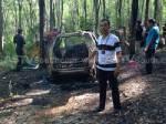 ชาวบ้านผงะ! เจอศพถูกเผาคาซากรถกลางป่าสวนยาง จ.สงขลา