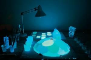 """""""แสงสว่างจากโคมไฟเลือด"""" ศิลปะบนเทคโนโลยี"""