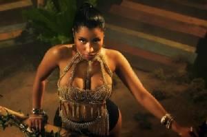 ชีวิตนอกกรอบของสาวแดนซ์หลุดโลก...Nicki Minaj