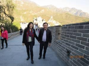 """""""ทักษิณ-ยิ่งลักษณ์"""" เที่ยวกำแพงเมืองจีนระรื่น"""