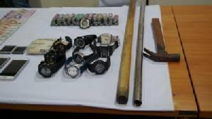 ผบช.ภ.2 แถลงจับ 2 ผู้ต้องหาฆ่า 2 ผัวเมียร้านมังกี๊ซีฟูด(ชมคลิป)