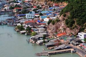 ความเปลี่ยนแปลงและกระบวนการสร้างประชาธิปไตยในชนบท ภาคใต้ตอนล่างของประเทศไทย (6) จรูญ หยูทอง และคณะ