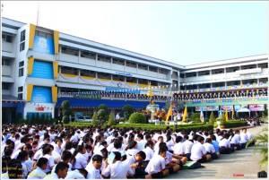 คุณเคยกลับไปโรงเรียนเก่าบ้างมั้ย?