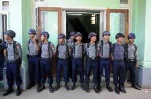 ผู้จัดการบาร์ในย่างกุ้งถูกจับตัว หลังใช้ภาพพระพุทธรูปโปรโมตร้าน