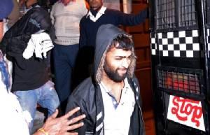 ศาลสั่งแห่ประจาน 6 หนุ่มอินเดีย คดีข่มขืนนักท่องเที่ยวแดนปลาดิบ