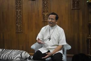 พระคาร์ดินัลใหม่ชาวพม่าเผยจะเร่งผลักดันยุติความรุนแรงทางศาสนาในประเทศ