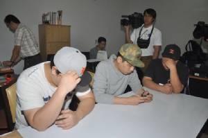 """3 หนุ่มเกาหลีให้ปากคำโดนรีดทรัพย์ 2 ล้าน ก่อนเผ่นหนีนักข่าว ยังไม่ชัดฝีมือ """"สืบ 5"""""""