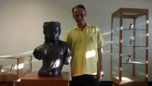 """สู่ประชาคมอาเซียน """"ศิลปะรากตะวันตกยังแรง""""  ดร. สุธา ลีนะวัติ"""