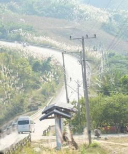 """""""ห้วยโก๋น"""" โตผิดหูผิดตา """"โรงไฟฟ้าหงสา-จีนทำถนน รถไฟเชื่อม"""" ยอดการค้าพุ่งกว่า 50 เท่า"""