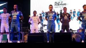 ชลบุรี เอฟซี เปิดชุดแข่งฤดูกาลใหม่ 2015 คึกคัก