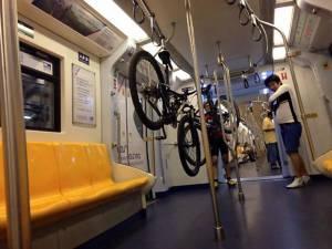 จวกยับคอจักรยานมักง่าย แขวนบนห่วงจับบีทีเอสโชว์