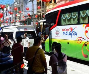 นักท่องเที่ยวมาเลย์-สิงคโปร์ แห่เข้าเที่ยวเบตงช่วงเทศกาลตรุษจีนคึกคัก (ชมคลิป)