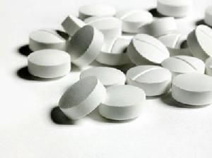 """เล็งห้ามร้านยาขาย """"สเตียรอยด์"""" เกิน 1,000 เม็ด/เดือน สกัดรั่วไหลผสมยาชุด"""