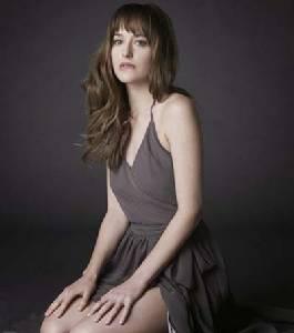 """ทำความรู้จักกับ """"ดาโกต้า จอห์นสัน"""" นางเอกหนังฉาวแห่งปี """"Fifty Shades of Grey"""""""