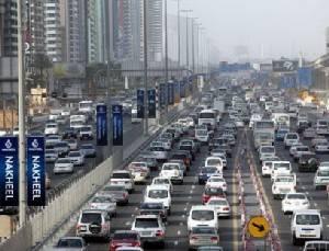 """เมืองเศรษฐี! """"ดูไบ"""" สร้างสถิติมีรถยนต์ต่อหัวประชากรสูงกว่านิวยอร์ก-ลอนดอน"""