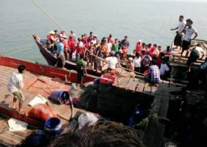 ทางการพม่าตั้งกรรมการตรวจสอบเรือของรัฐหลังเหตุเรือเฟอร์รี่ล่ม