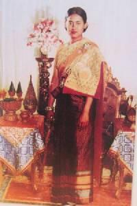 """60 พรรษา """"เจ้าฟ้ามหาจักรีสิรินธร"""" เจ้าหญิงน้อยผู้พอเพียงของปวงชนชาวไทย"""