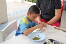 เปิดแนวคิดสวนบำบัด ใช้ธรรมชาติฝึกสมาธิ ฟื้นฟูร่างกายเด็กพิการ