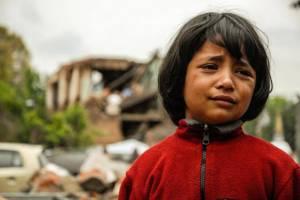 UNICEF Photo of the Week : ยูนิเซฟจัดนักจิตวิทยาพูดคุยกับเด็กที่ได้รับผลกระทบจากแผ่นดินไหวเนปาล