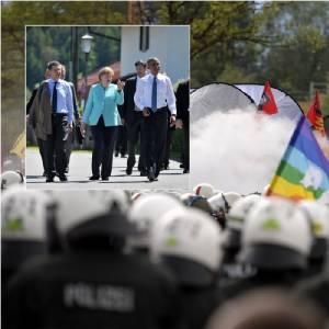 """In Pics : ตำรวจ 17,000 ปะทะ 4,500 ผู้ประท้วงต้านประชุม G7 ทางใต้เยอรมัน โอบามาประกาศจุดยืน """"G7 ต้องถกปูตินก้าวร้าวเป็นอันดับ 1"""" เสี่ยหมีครวญ """"รัสเซียไม่รังแกนาโต"""""""