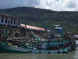 ทหารเรือกัมพูชาจับเรือประมงไทย 3 ลำเรียกค่าไถ่อ้างรุกน่านน้ำ