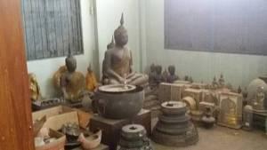 ตะลึงพบพระพุทธรูปทองคำอายุกว่า 100 ปี ถูกเก็บไว้ที่วัดบ้านยางหลังสั่งพักงานเจ้าอาวาสฉาว (ชมคลิป)