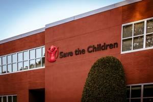 """ทางการปากีสถานสั่งปิดสำนักงานองค์กร """"Save the Children"""" พร้อมเนรเทศ จนท.ต่างชาติใน 15 วัน"""