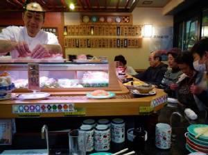 ข้อไม่ควรทำเมื่อไปร้านซูชิ ตอนที่ 1 ซูชิสายพาน