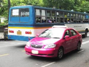 ใบขับขี่แท็กซี่ - รถเมล์ จัดระเบียบปลุกสำนึกจิตสาธารณะ