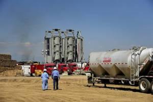 น้ำมัน-หุ้นสหรัฐฯ ขึ้นหวังกรีซบรรลุข้อตกลงหนี้ ทองคำลงต่อ