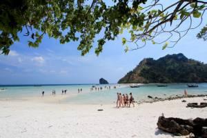 ทะเลแหวก กระบี่เจ๋ง!!! คว้าแชมป์สุดยอด 7 มหัศจรรย์ที่เที่ยวไทย