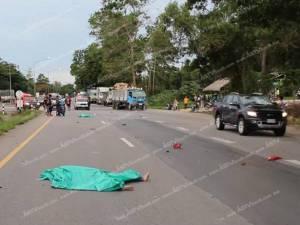 สองหนุ่มชาวพม่าขับ จยย.ย้อนศร ถูกชนดับสยองคาถนน