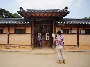 """เที่ยวเพลินบนรถไฟสายไวน์ สู่จุดหมาย """"ยองดง-อาซาน"""" แหล่งท่องเที่ยวใหม่ในเกาหลี"""