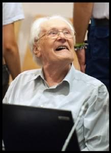 In Pics : ศาลเยอรมันจ่อตัดสินอดีตนาซีเยอรมันหน่วย SS วัย 94 ฉายาผู้คุมบัญชีแห่งเอาชวิทซ์