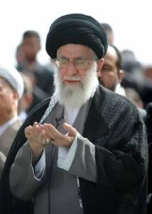 """""""คอเมเนอี"""" ชี้อิหร่านทำข้อตกลงนิวเคลียร์ไม่ได้แปลว่า """"ญาติดี"""" กับสหรัฐฯ"""