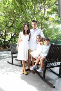 ฤทธี & ภดารี บุนนาค รักมั่นคง 7 ปี กับพ่อแม่มือโปรของ 2 จอมซน