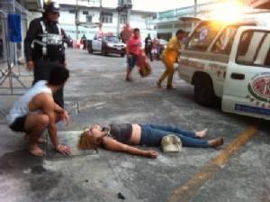 สาวเมืองชลฯ ขโมยโทรศัพท์เพื่อน ตำรวจมาที่ห้องตกใจโดดตึก รร.หนีความผิด อาการสาหัส