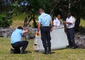 ส่ง 'ชิ้นส่วนเครื่องบิน' พบบนเกาะในมหาสมุทรอินเดีย  ไปตรวจที่ 'ฝรั่งเศส'  คลี่คลาย'ปริศนา MH370